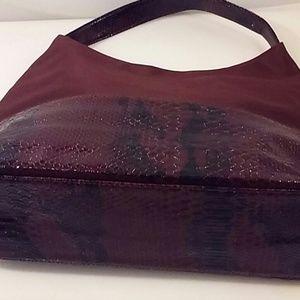 Handbags - Burgundy Tote